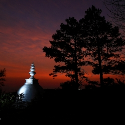 Stupa Dawn_1