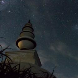 Stupa in the night sky_1