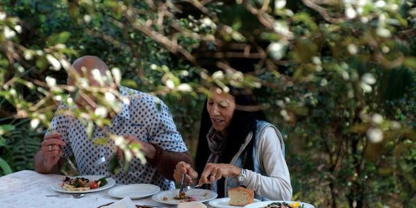 dining al fresco a shaw