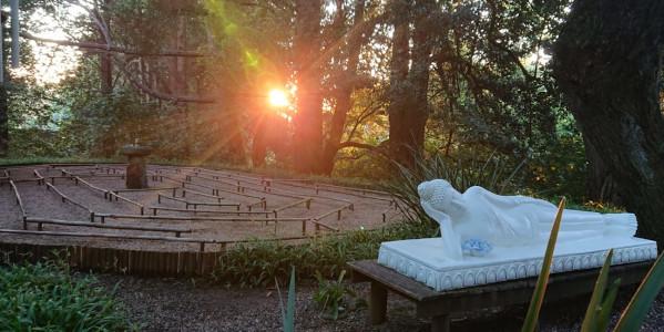labyrinth reclining buddha tronel helberg