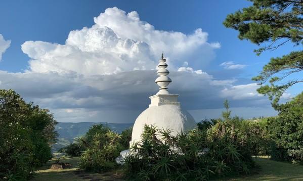 gavin de kock moodyclouds stupa