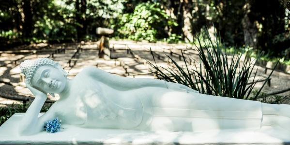 reclining buddha s laurenz