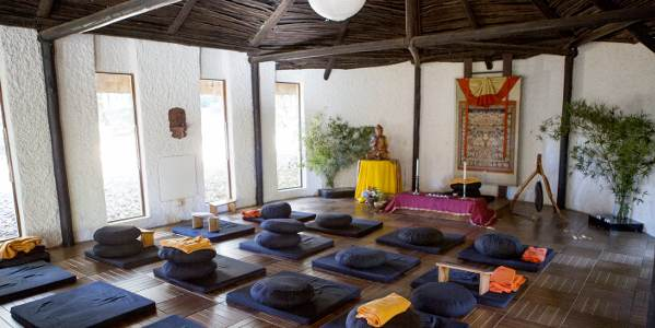meditation hall photo Lisa De Venter 9B1A6520