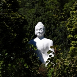 Buddhist Statues, shrines & icons_3
